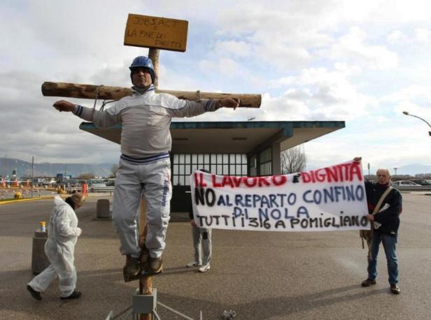 Operai-FIAT-in-protesta-900x670.jpg
