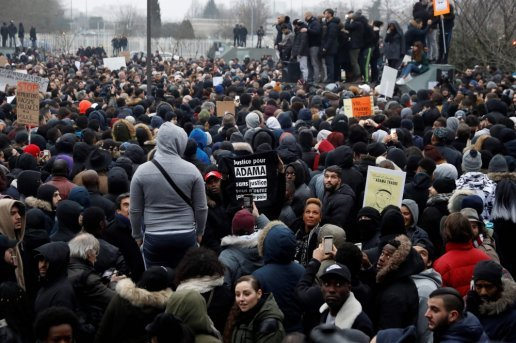 videos-affaire-theo-la-manifestation-a-bobigny-degenere_878060_516x343.jpg