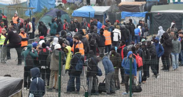 migranti_smantellamento_giungla_di_calais-660x350.png