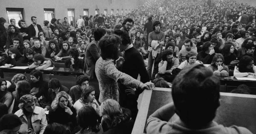 Banda partigiana e assemblea studentesca come microcosmo di ...